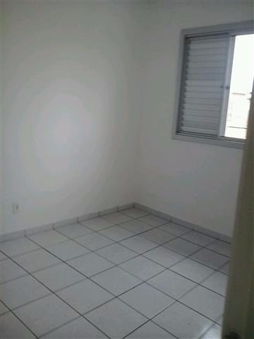 Apartamento para locação - Parque Residencial Eloy Chaves