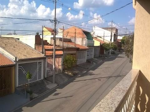 Casa / Sobrado à Venda - Fazenda Grande