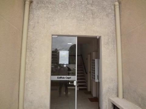 Apartamento à Venda - Jardim Rosaura
