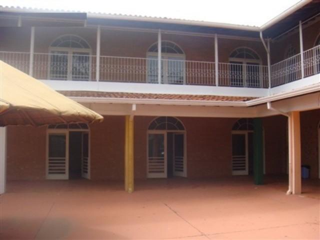 Casa / Sobrado à Venda - Campinas