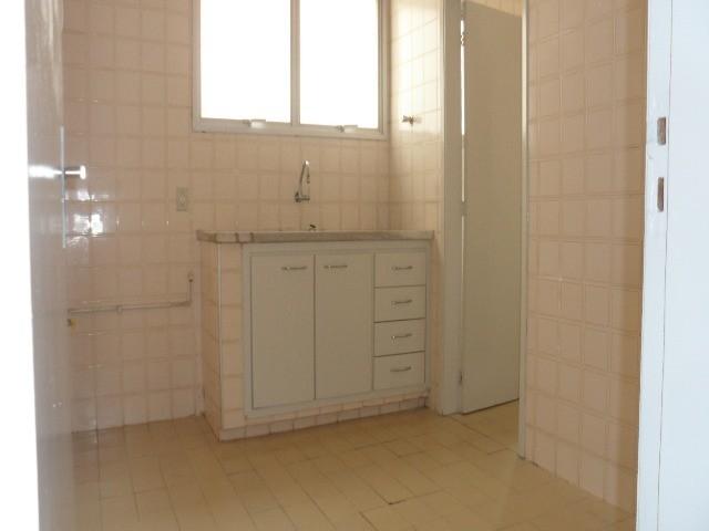 Apartamento para Locação - Vila Industrial