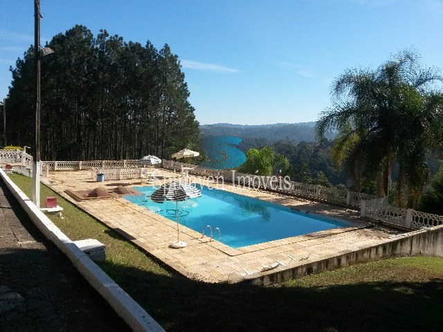 piscina do condominio
