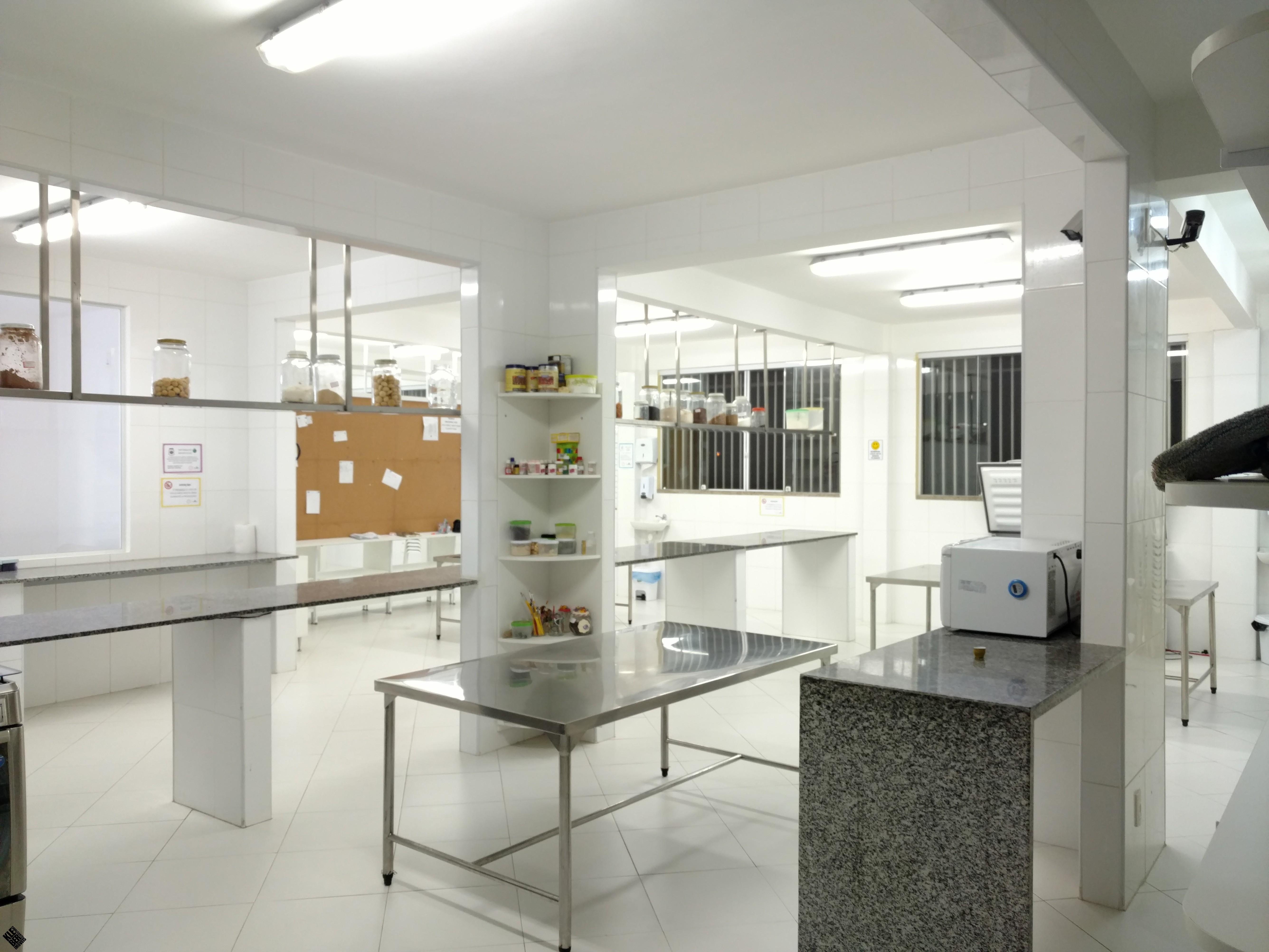 Casa Com 3 Pavimentos Pronta Para Industria De Alimentos Em Lauro De