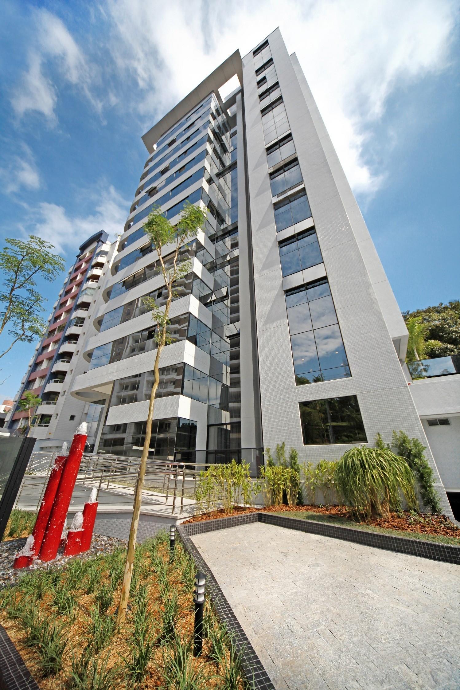 Apartamento Em Um Dos Melhores Endere Os De Joinville Na Rua