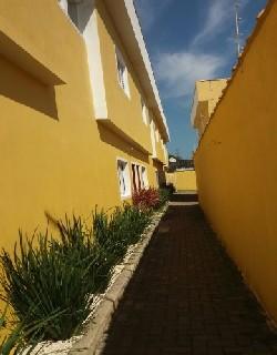 comprar ou alugar sobrado em condomínio no bairro santa eugênia na cidade de mongaguá-sp
