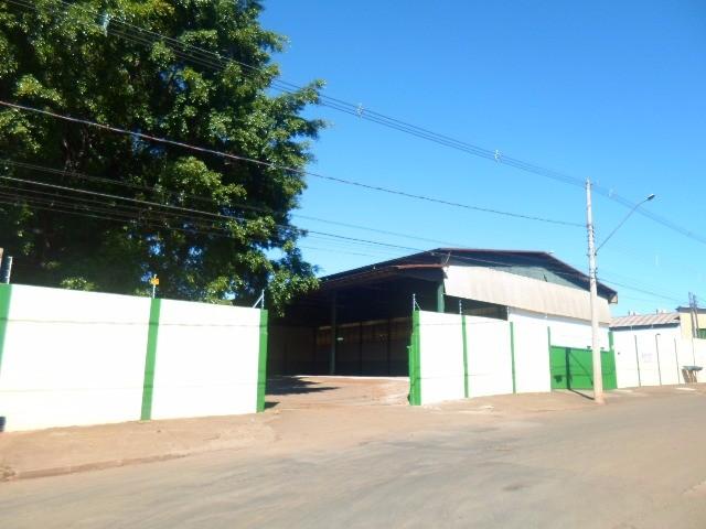 comprar ou alugar barracao no bairro santa terezinha na cidade de paulinia-sp