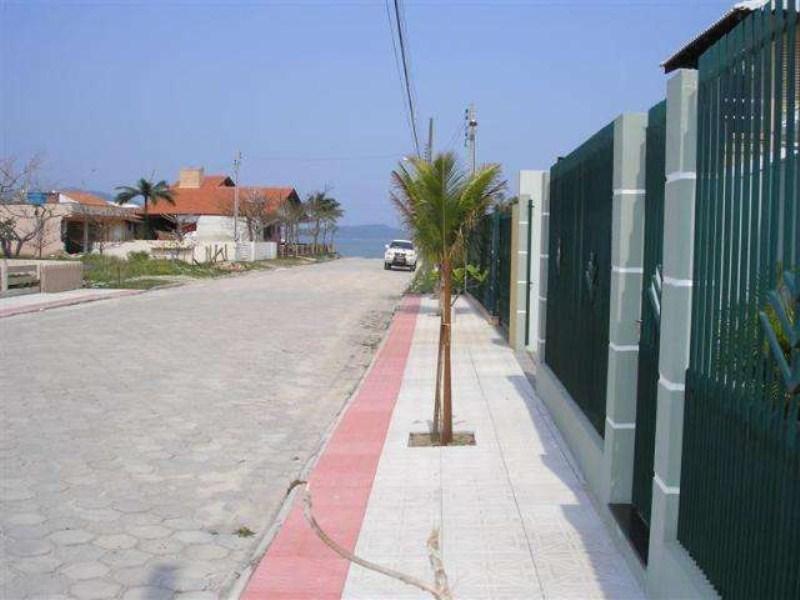18-vista frente casa-praia