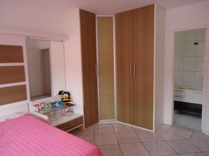 06-suite