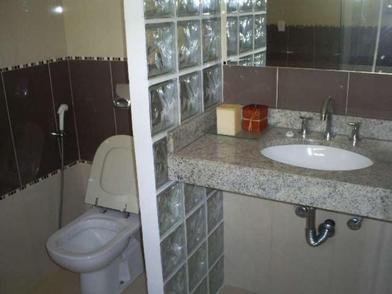 21 - Banheiro da Suíte