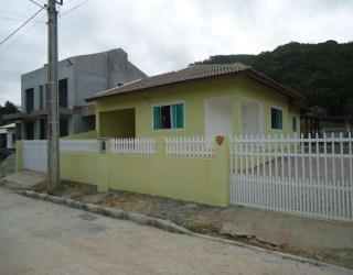 comprar ou alugar casa no bairro bombas na cidade de bombinhas-sc
