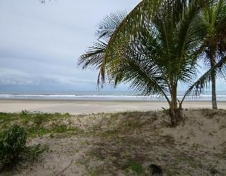 comprar ou alugar area de praia frente ao mar no bairro luzimares na cidade de ilhéus-ba