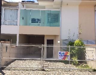 comprar ou alugar sobrado no bairro itacolomi na cidade de balneario picarras-sc