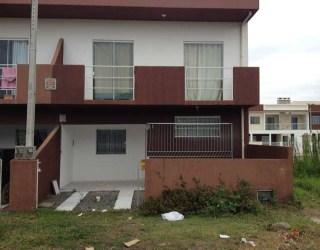 comprar ou alugar sobrado no bairro itacolomi na cidade de balneário piçarras-sc