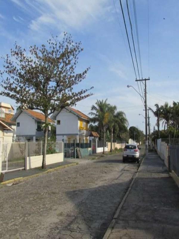casa rua golfinhos2 023