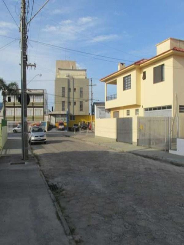 casa rua golfinhos2 024
