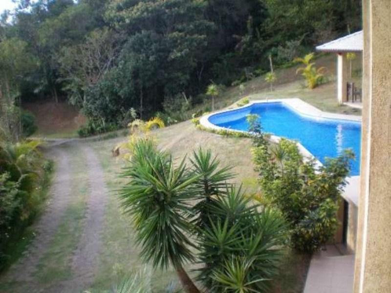 piscina e calcadas