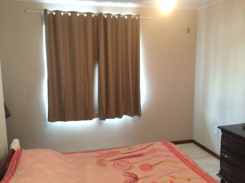 Dormitorio 1 em cima