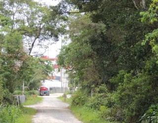 comprar ou alugar terreno no bairro santa terezinha na cidade de itapoá-sc