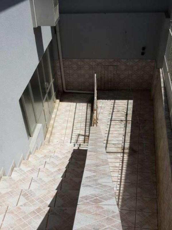 23 - Escada Externa
