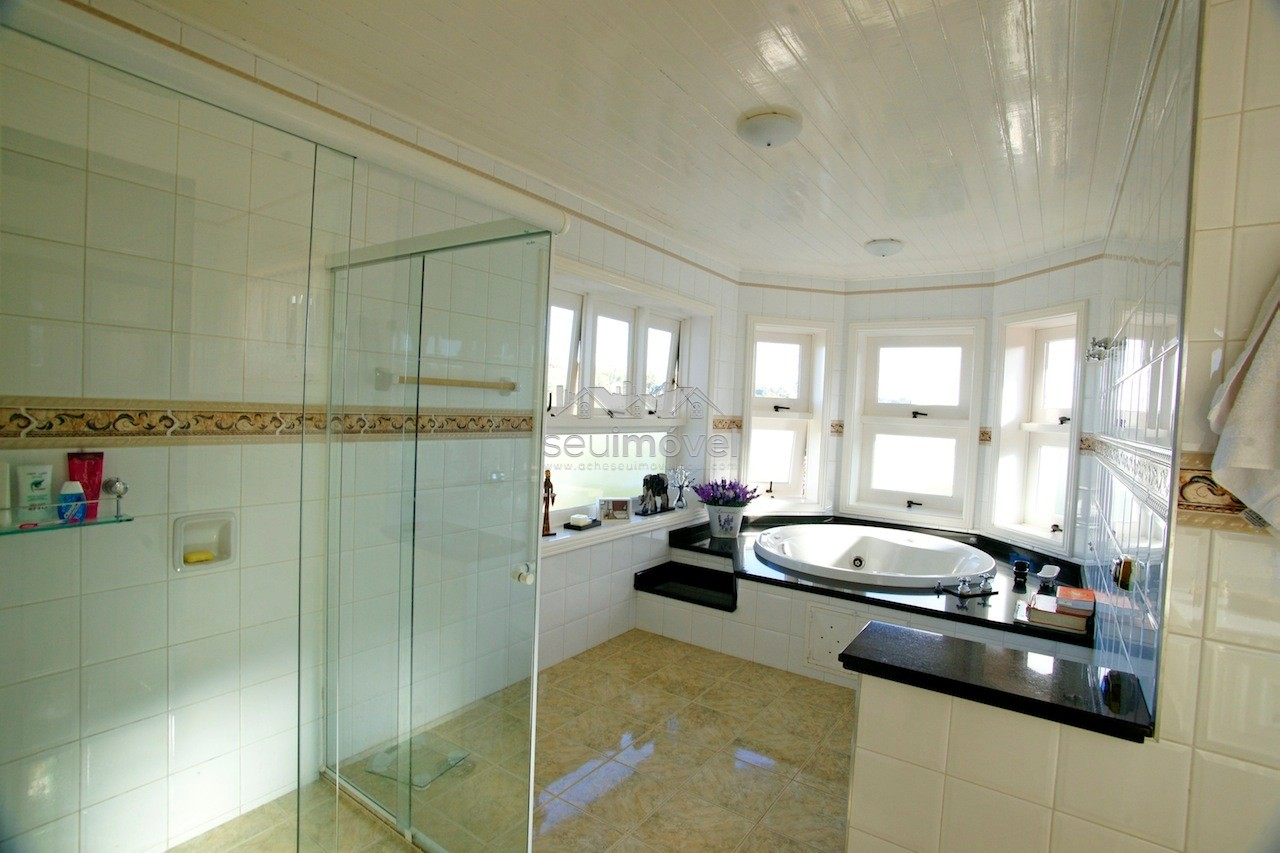 13 banheiro suite master