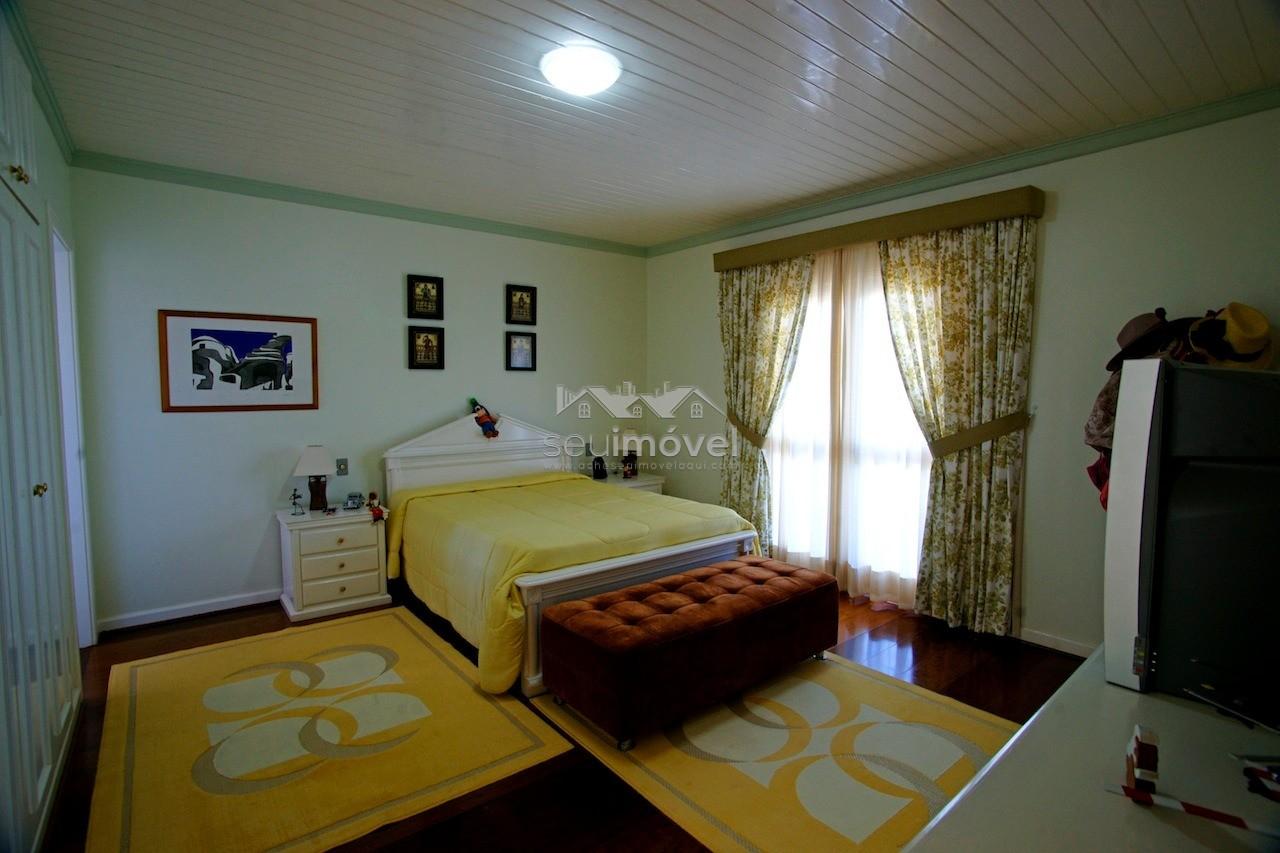 16 suite casal