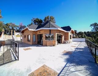 Comprar, casa no bairro alto da boa vista na cidade de campos do jordão-sp