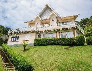 Comprar, casa no bairro alto do capivari na cidade de campos do jordão-sp