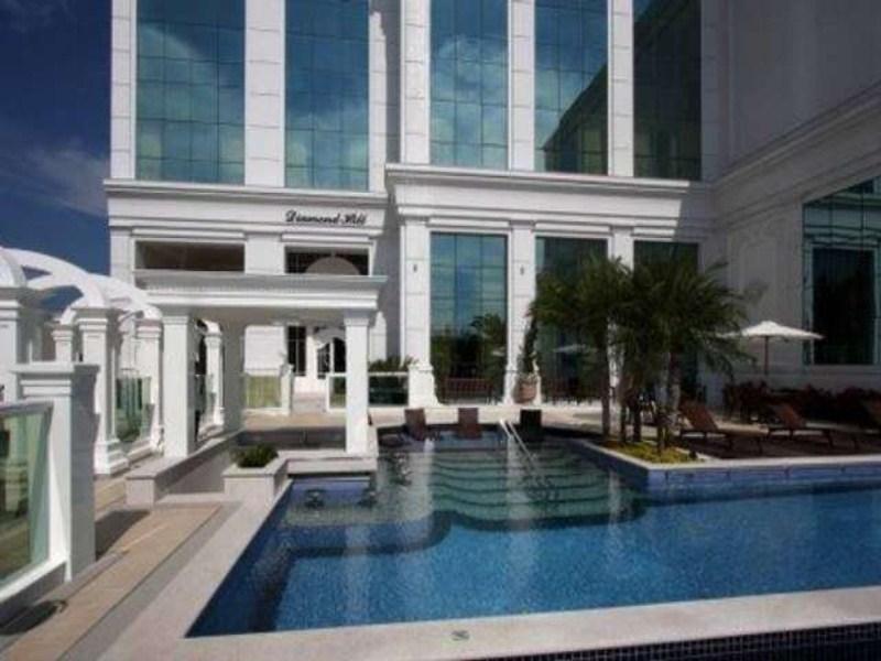 fachada/piscina