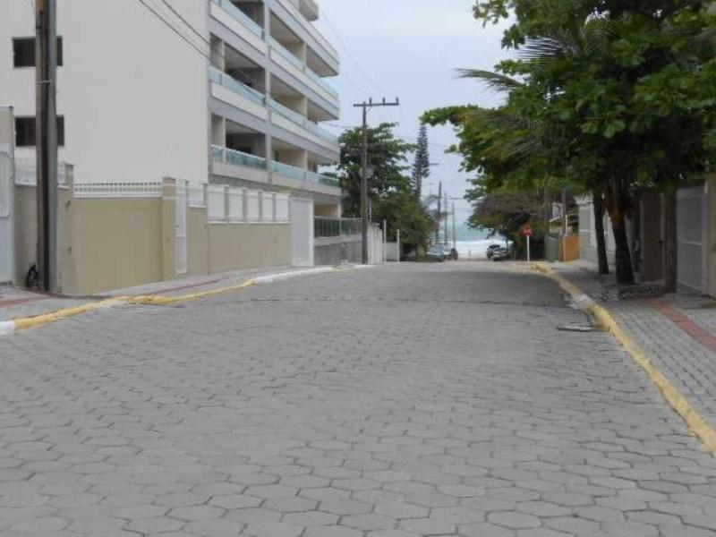 Rua direto para a praia