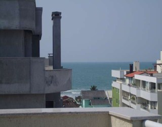 undefined, apto. cobertura no bairro bombas na cidade de bombinhas-sc