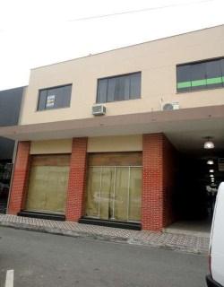 Alugar, sala / salão comercial no bairro centro na cidade de itajaí-sc