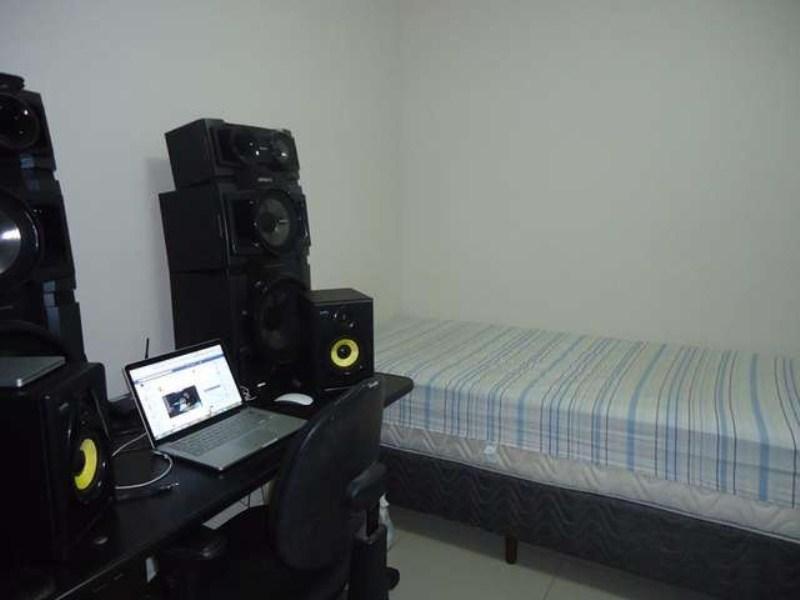 demi-suite01