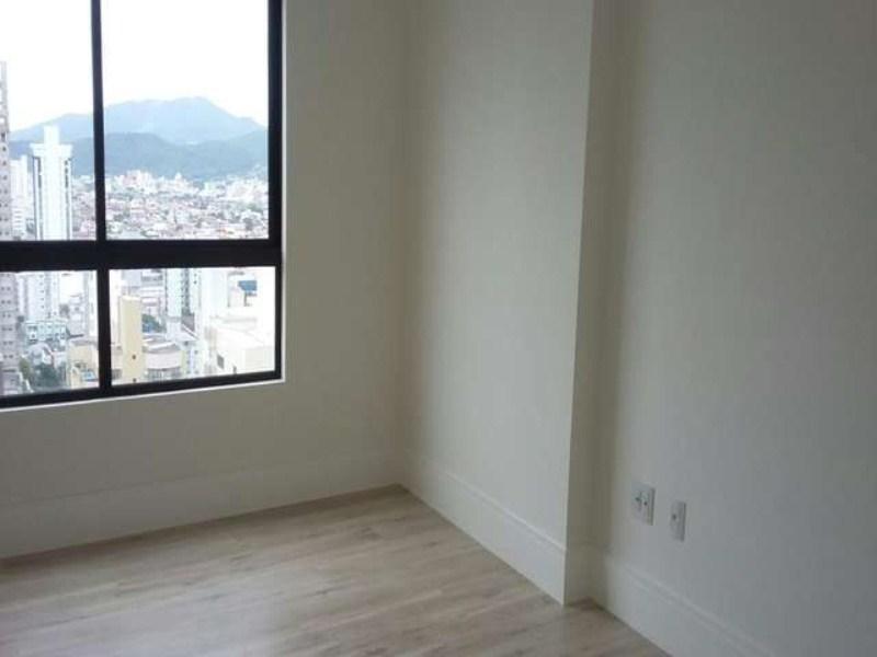 10 - Suite