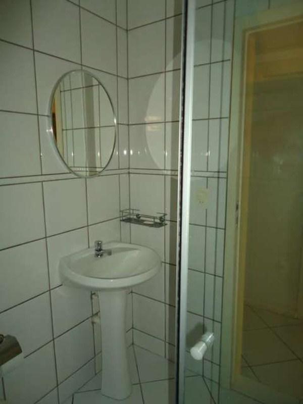 Banheiro social 01