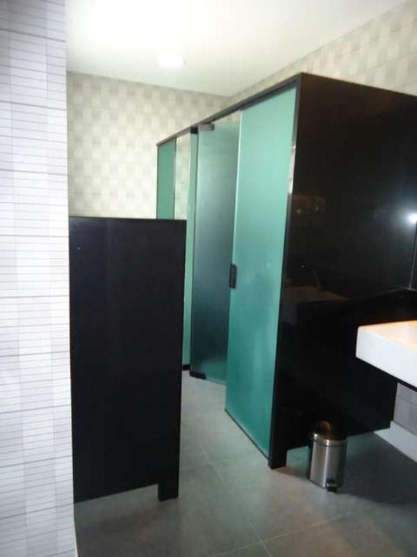 Banheiro condominio (2)