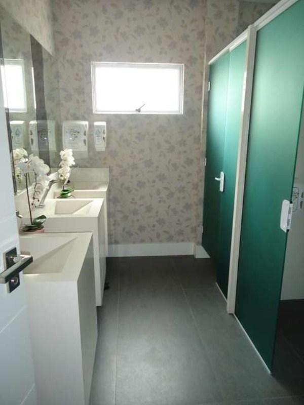 Banheiro condominio (4)