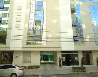comprar ou alugar sala / salão comercial no bairro dos pioneiros na cidade de balneário camboriú-sc
