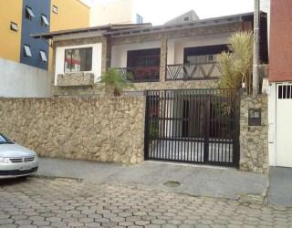 comprar ou alugar casa no bairro centro na cidade de balneário camboriú-sc