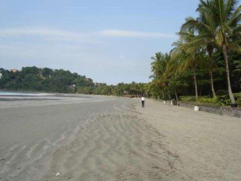Praia de Iporanga 2