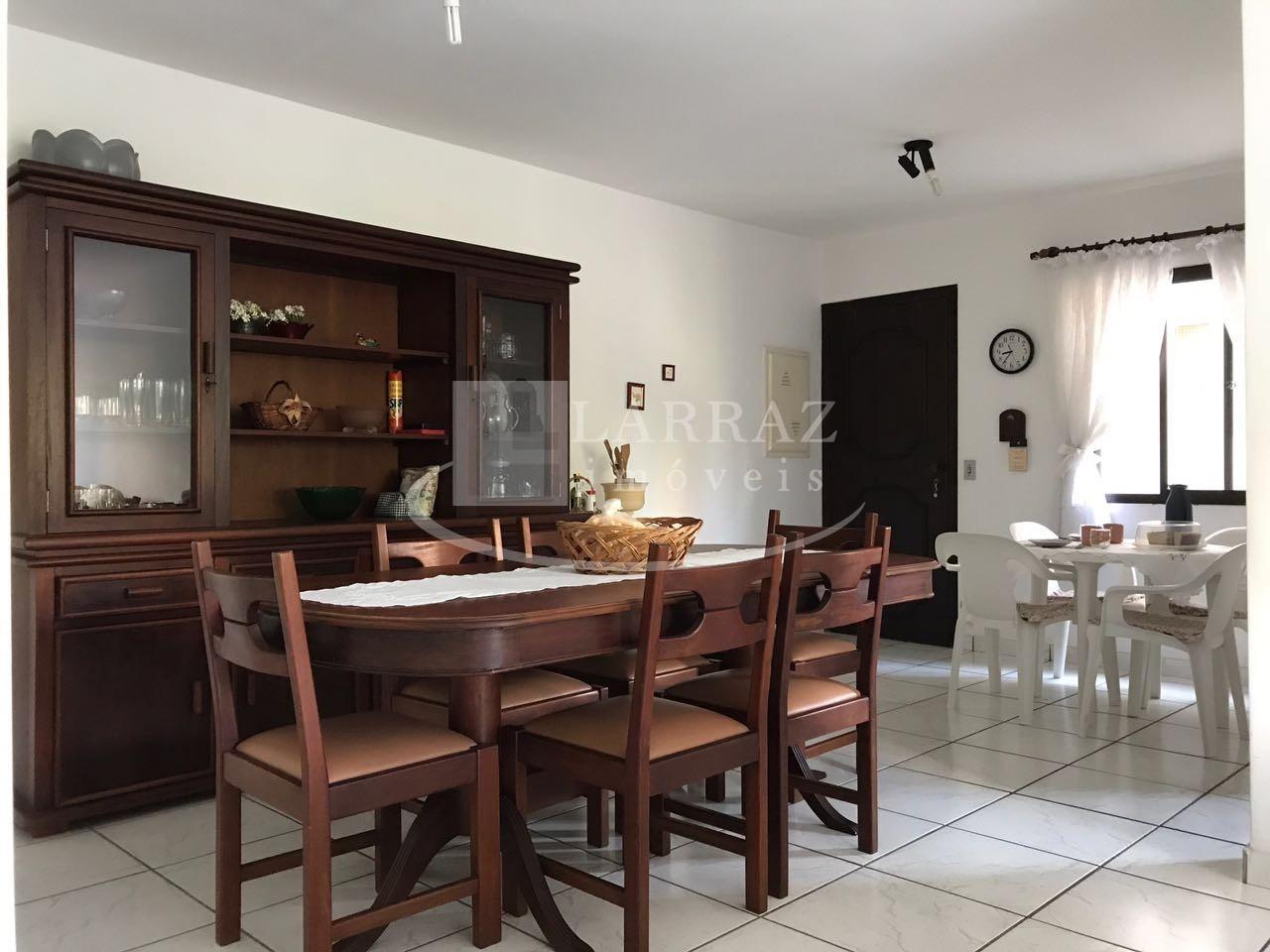 Ótimo apartamento MOBILIADO para venda no Guaruja na Praia
