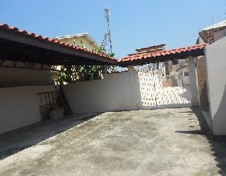 Alugar, casa no bairro jardim britânia na cidade de caraguatatuba-sp