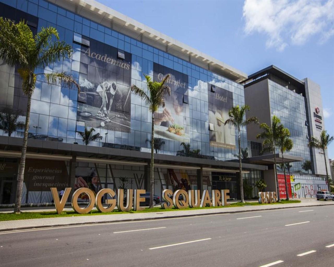 beef81e9f2b84 Comprar Loja Vogue Square