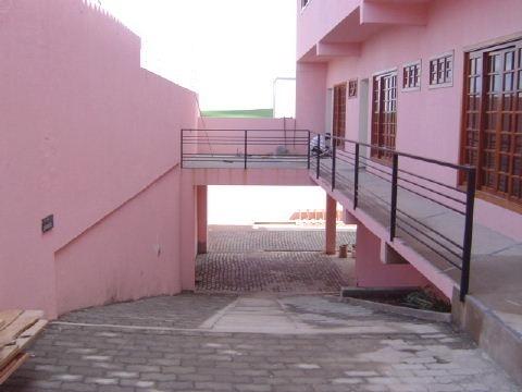 entrada para garagens