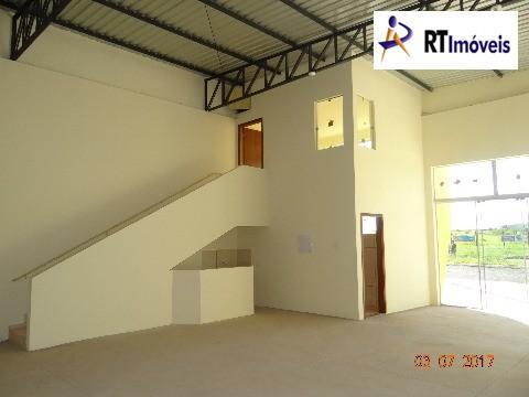 Barracão vista banheiro, cozinha e escritório