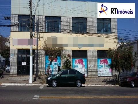 Foto lateral do imóvel na rua Rio de Janeiro